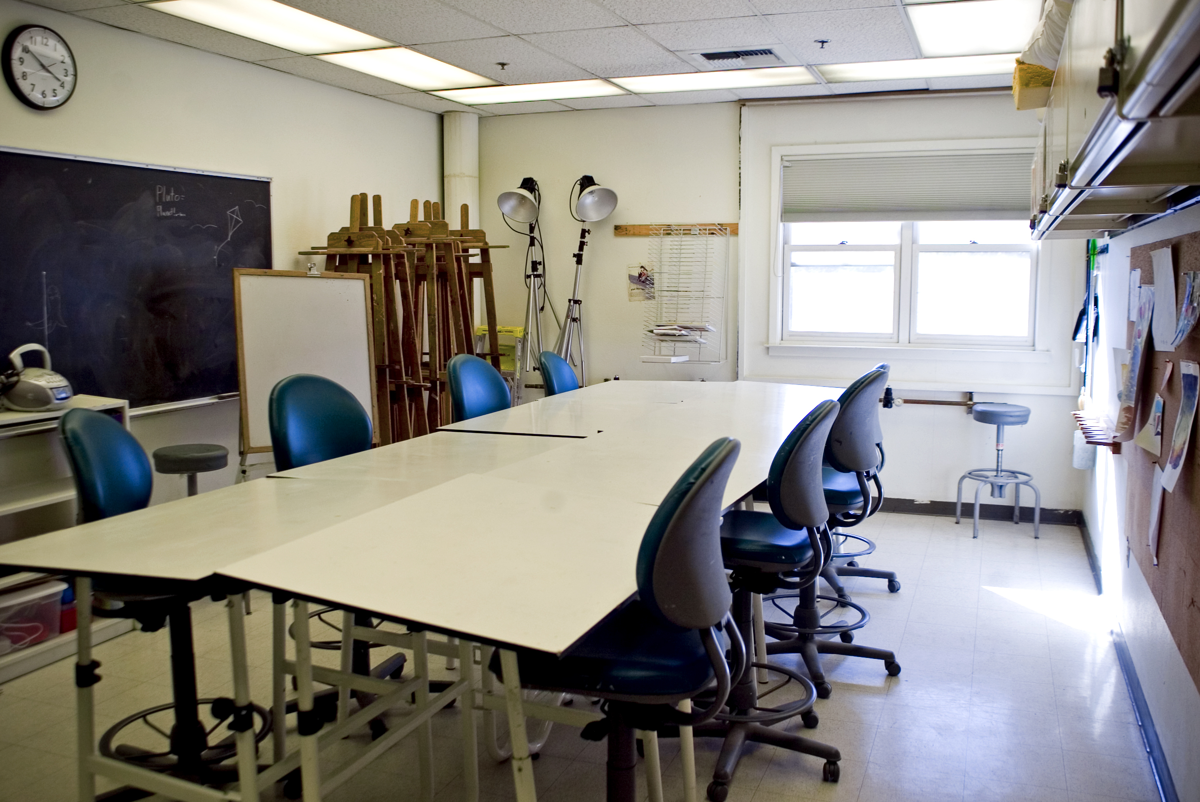 arts and crafts studio at craft center at uc davis