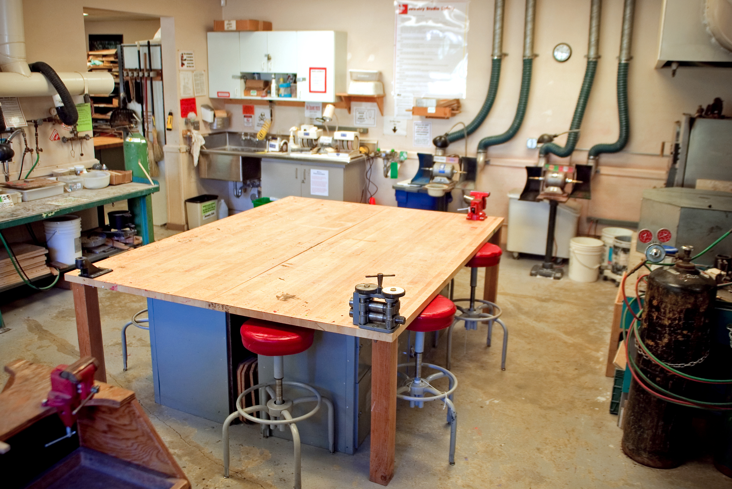 jewlry studio at the craft center